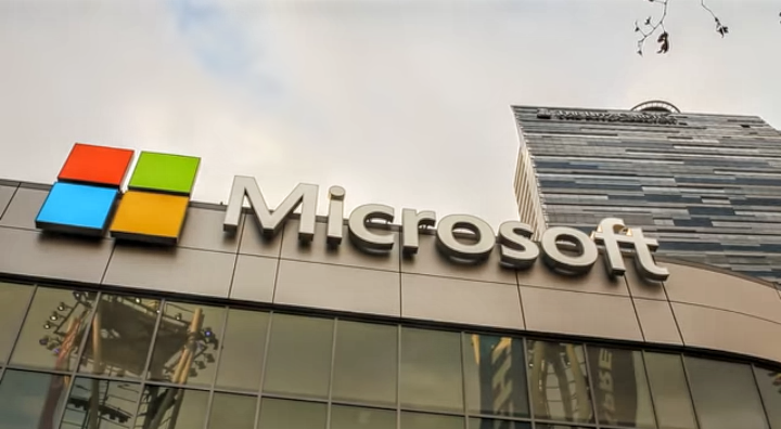 Microsoft w Polsce zbuduje centrum danych za miliard dolarów.