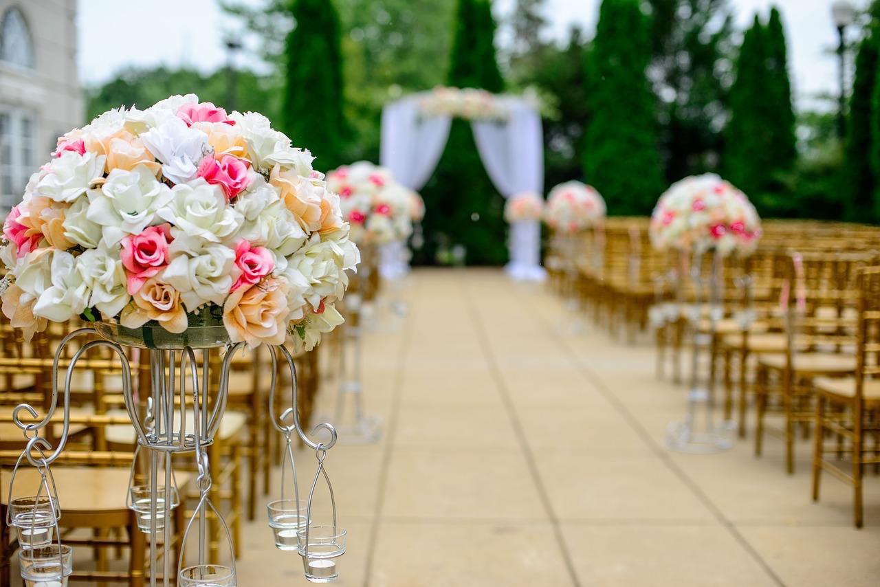 Od października do 50 osób na weselach – rekomendacja Pinkasa