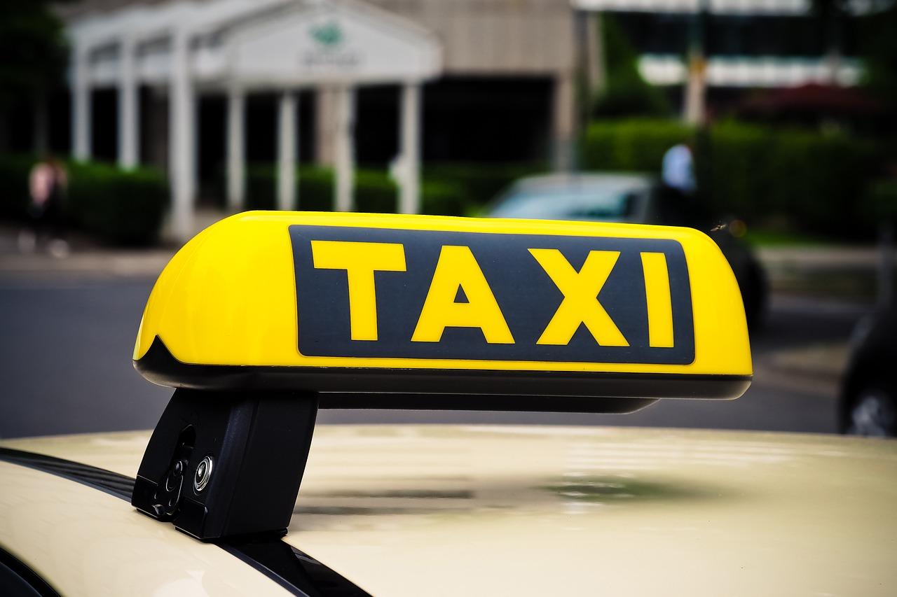Taksówkarze nie chorują na koronawirus?